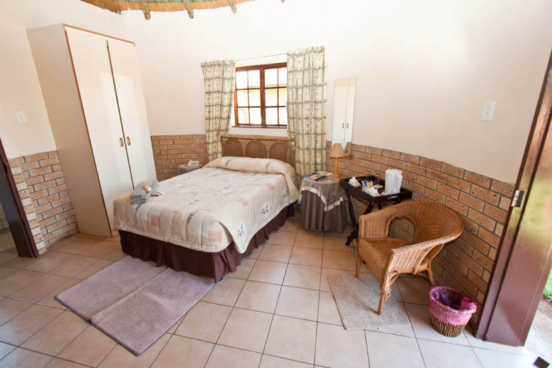 nongoma-lodge-accommodation-kwazulu-natal-zululand-hotel-restaurant-cofee-shop-nongoma-inn7
