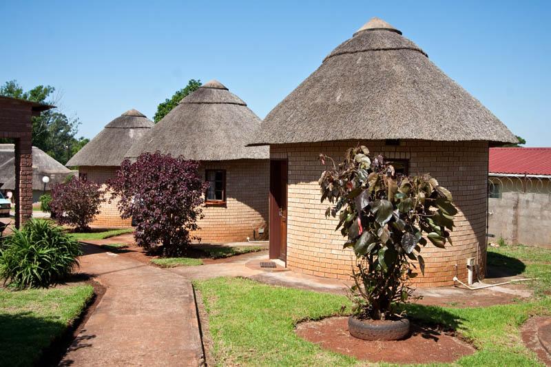 nongoma-lodge-accommodation-kwazulu-natal-zululand-hotel-restaurant-cofee-shop-nongoma-inn14
