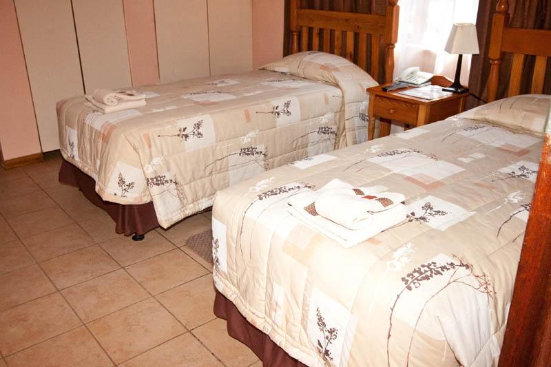 nongoma-lodge-accommodation-kwazulu-natal-zululand-hotel-restaurant-cofee-shop-nongoma-inn22